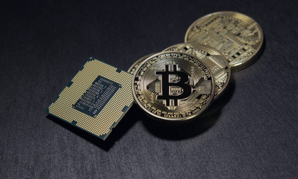 Risk and potential: What is hedge funds' Bitcoin strategy? - AMBCrypto